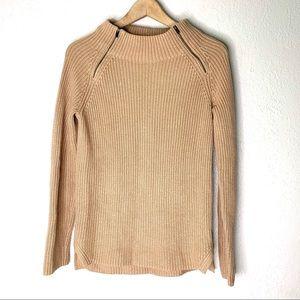 Banana Republic camel mock neck sweater size xs
